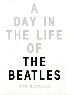Фото - Day in the Life of the Beatles [Hardcover]